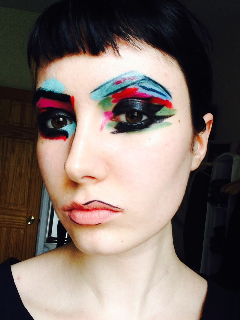 Video Makeup Tutorials: Abstract Art Inspired Makeup